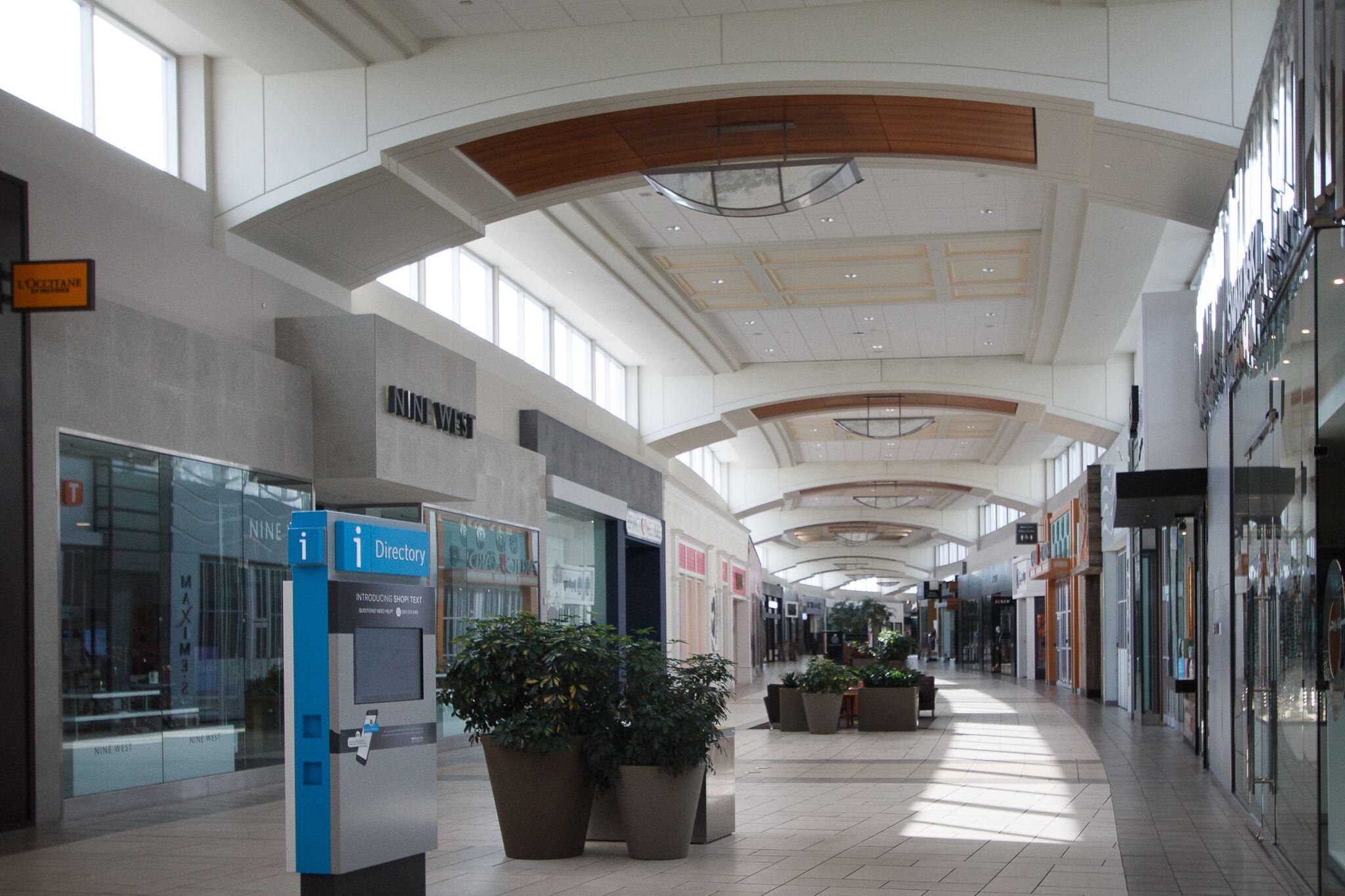 chinook shopping mall interior example